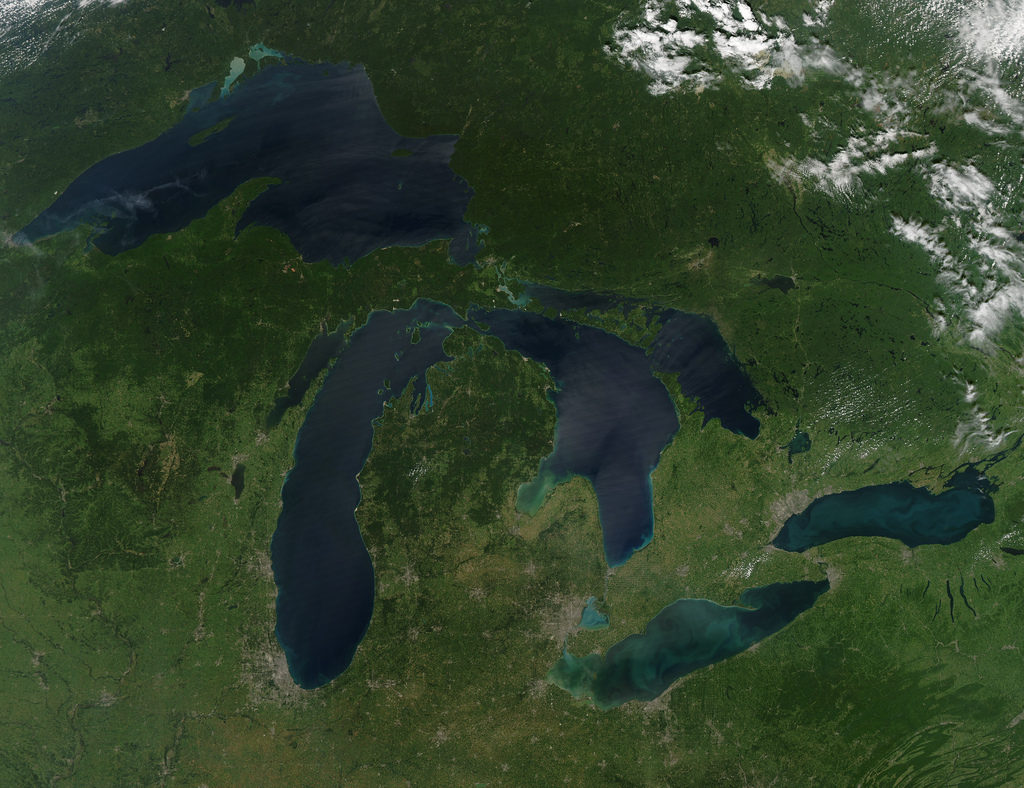 Canada and Ontario governments' release draft plan for addressing algal blooms on Lake Erie